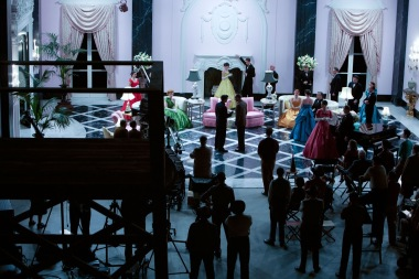 hail-caesar-set-design-05